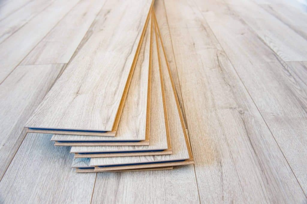 http://homej-design.com/wp-content/uploads/2019/10/5-Fun-Projects-to-Do-with-Your-Leftover-Laminate-Flooring_2123x1413a-1024x682.jpg